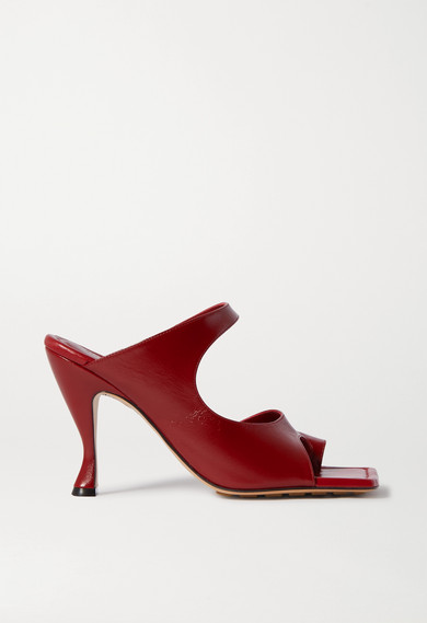 '90s sandals